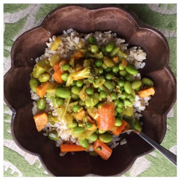 curried edamame veggie bowl